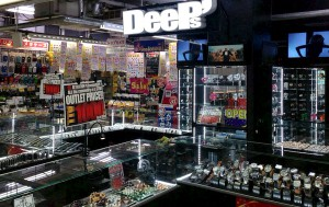 DeeP's 名古屋 大須店